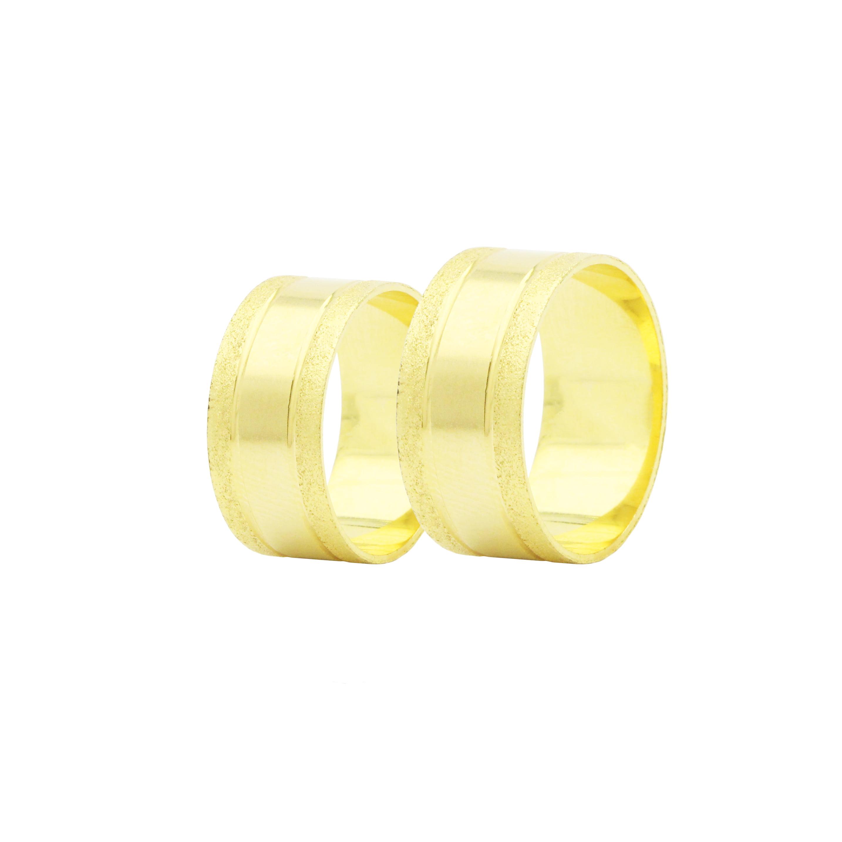 Par de Alianças em Ouro 18k 18 gramas 10mm de largura – Quadrada Trabalhada