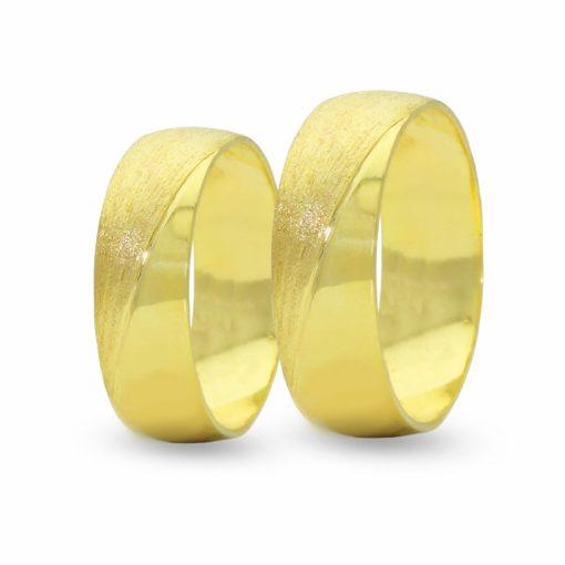 Par de Alianças em Ouro 18k 4 gramas 5mm de largura – Fio Reto Trabalhada