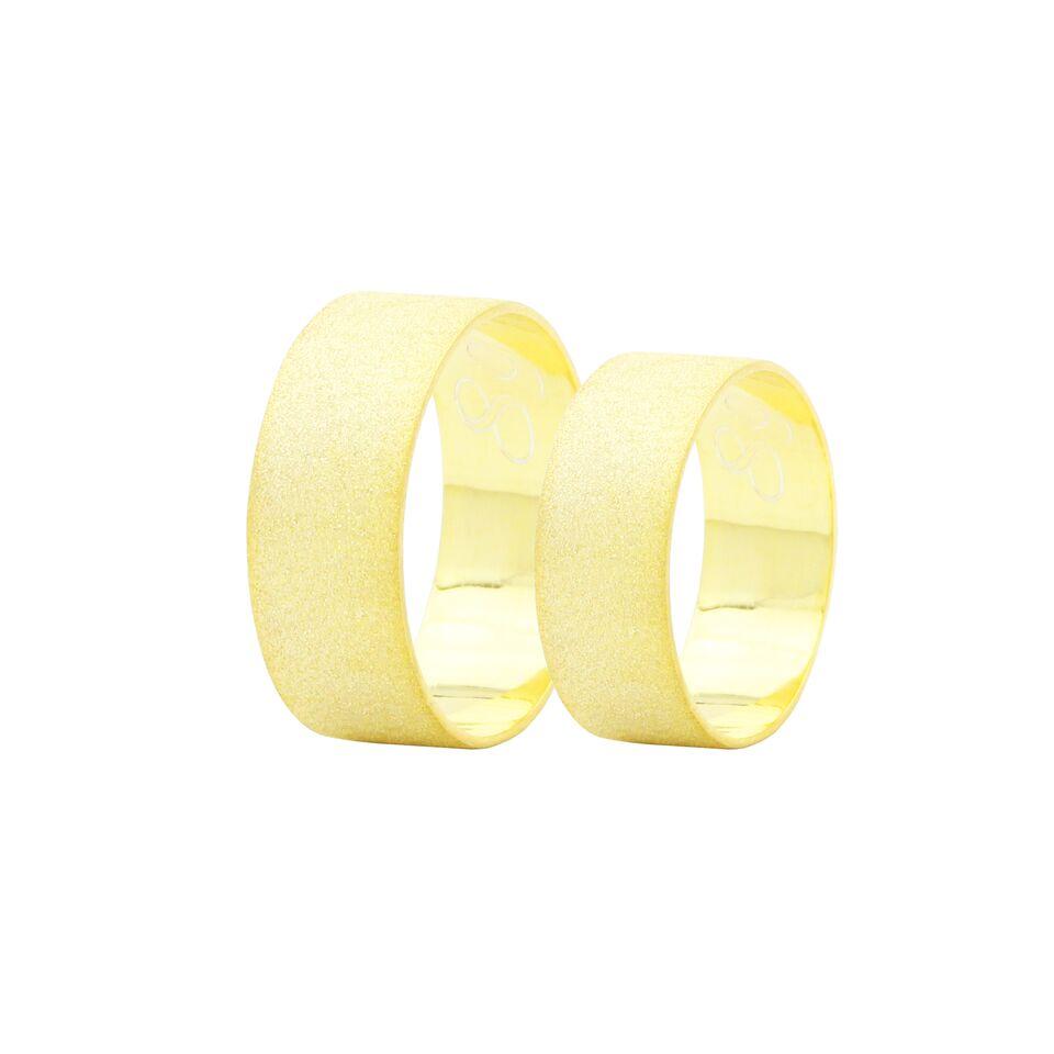Par de Alianças em Ouro 18k +/- 8 gramas 8mm de largura – Slim Trabalhada