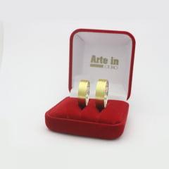 Par de Alianças em Prata 950 com camada de Ouro 18k 6mm de largura - Quadrada Trabalhada
