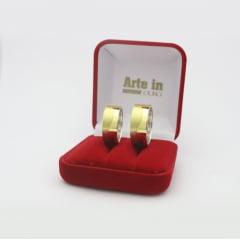 Par de Alianças em Prata 950 com camada de Ouro 18k 8mm de largura - Quadrada Trabalhada