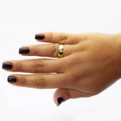 Par de Alianças em Ouro 18k 4 gramas 5mm de largura – Fio Reto Lisa