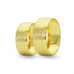 Par de Alianças em Ouro 18k +/- 5 gramas 6mm de largura – Fio Reto Trabalhada